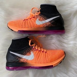 $200 NEW Nike Flyknit running shoes